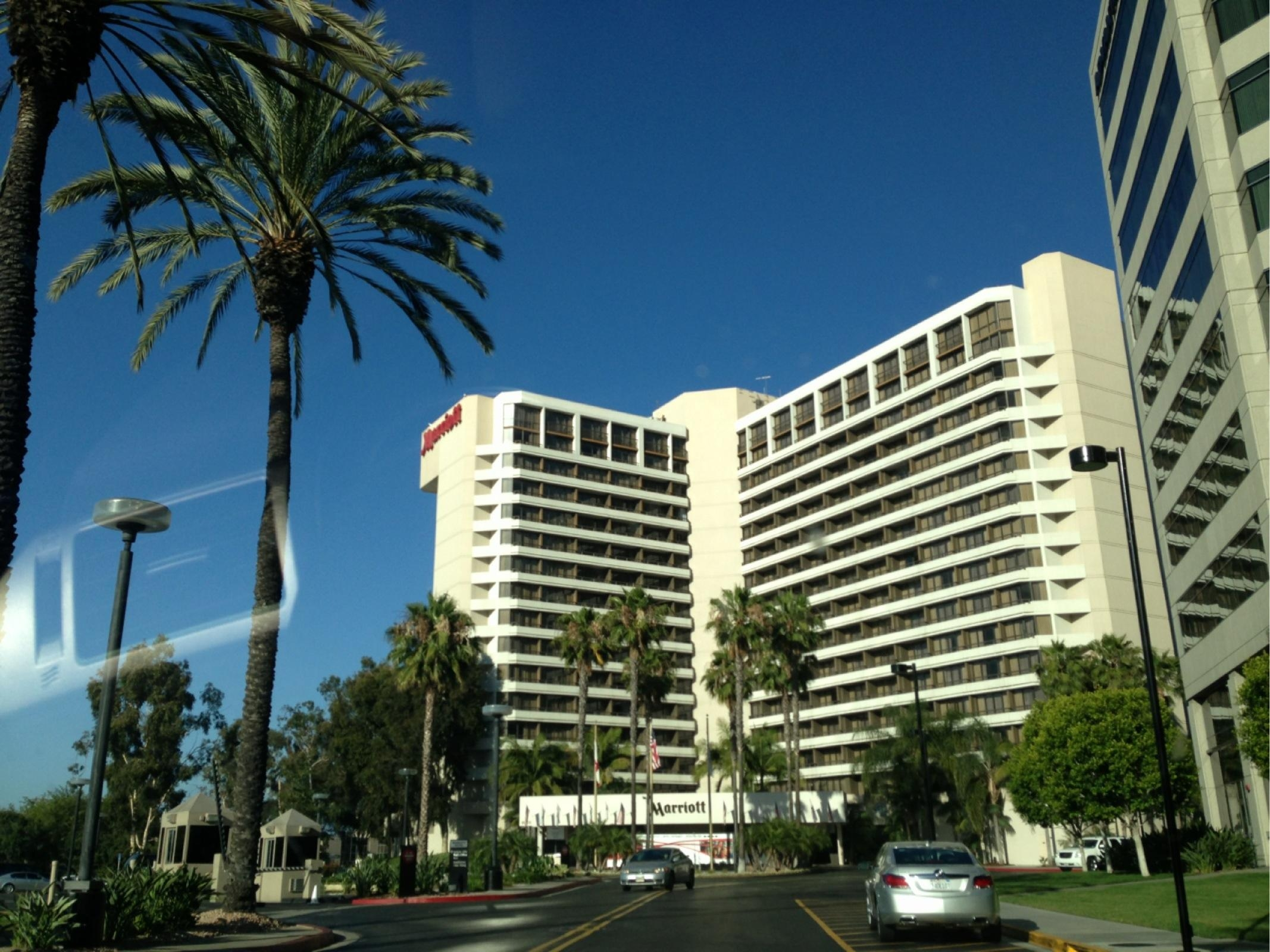 Irvine marriott at orange county airport parking in - Maison d architecte orange county californie ...