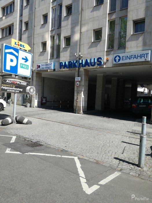 Parken In Berlin Mitte