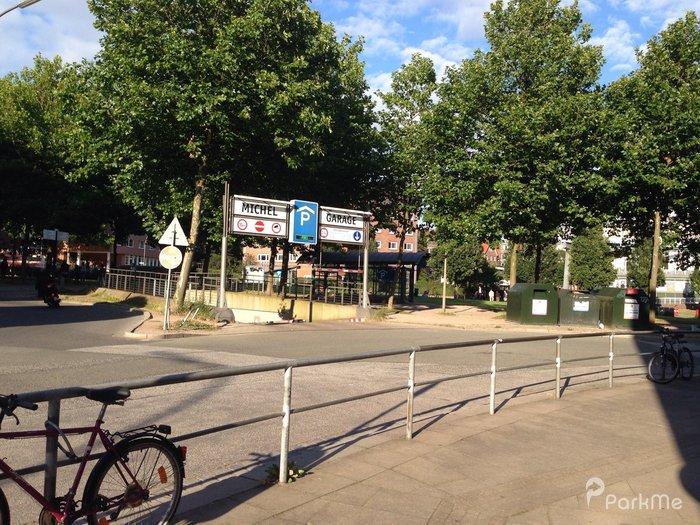 Michel Garage - Parking in Hamburg | ParkMe