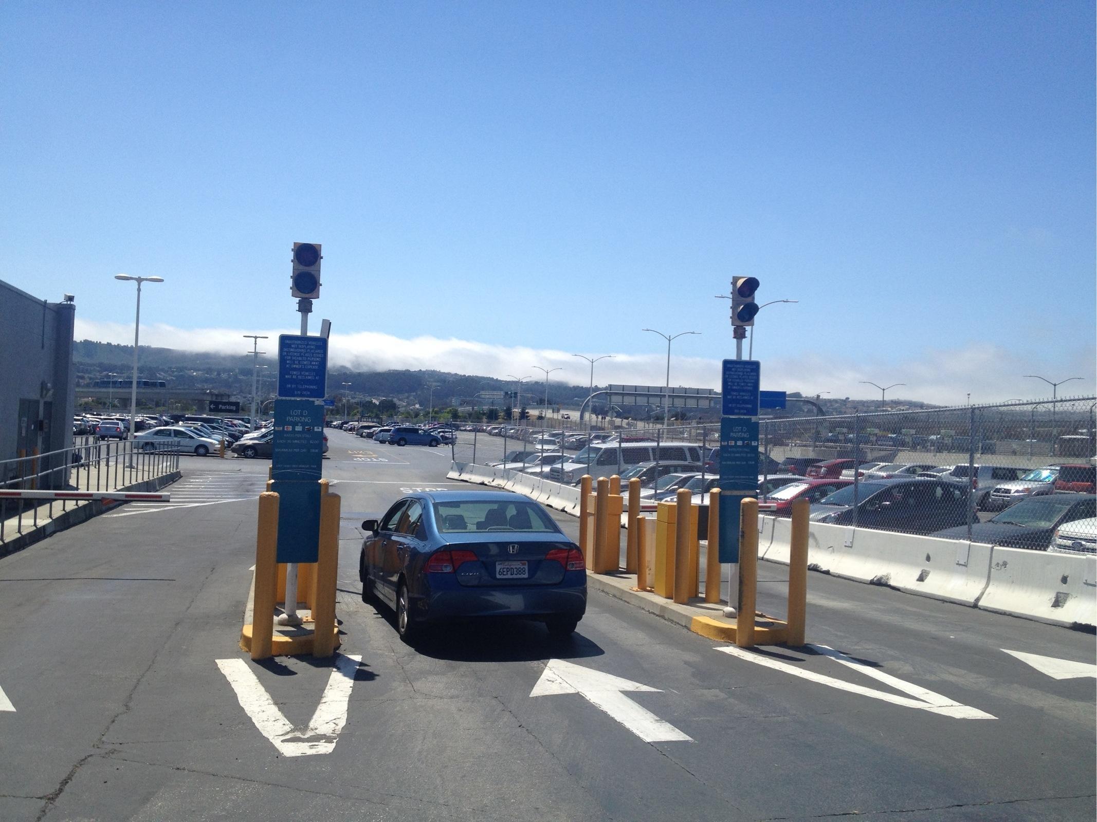 Sfo Lot D Parking In San Francisco Parkme