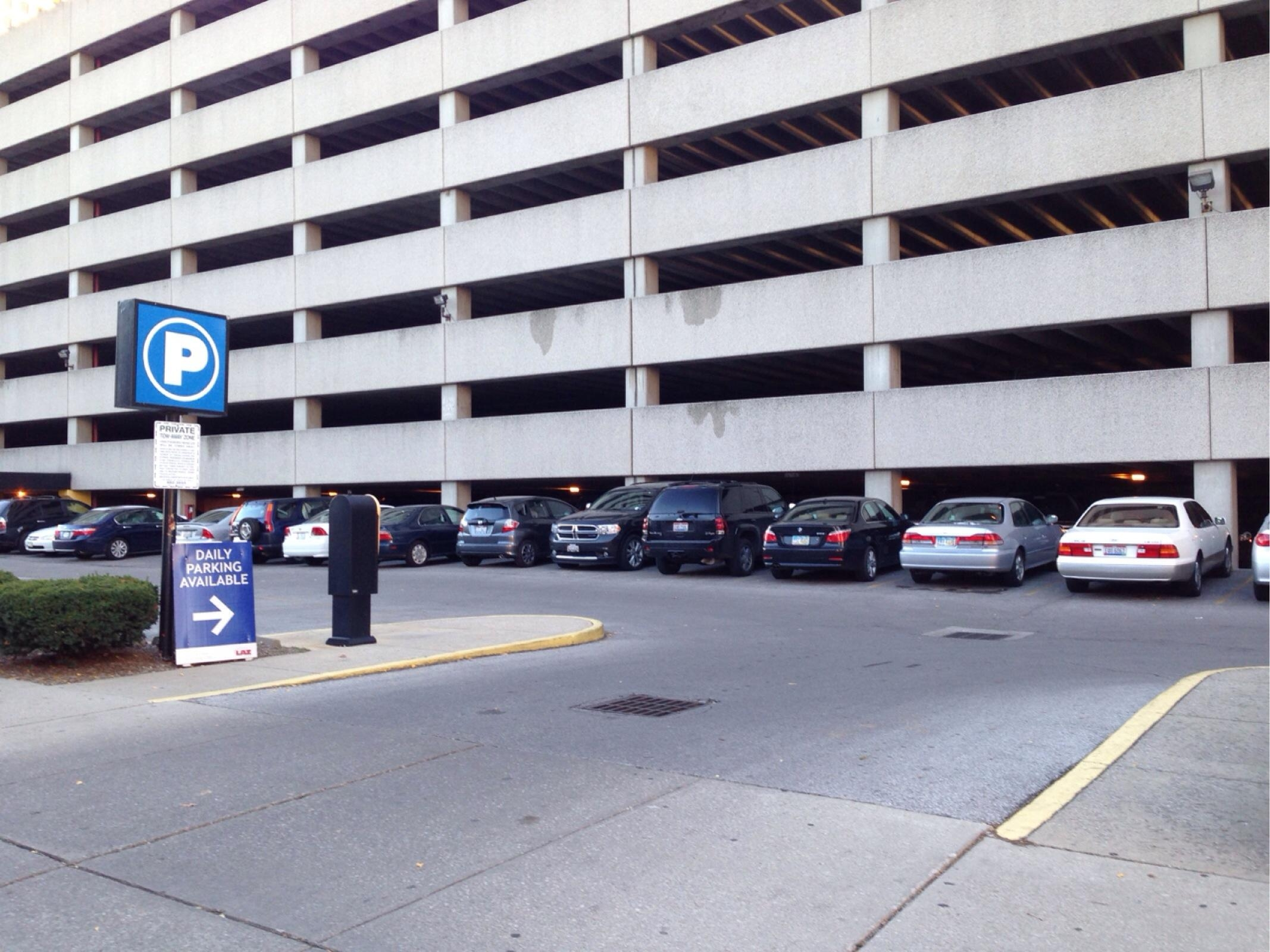 the buckeye lot parking in columbus parkme
