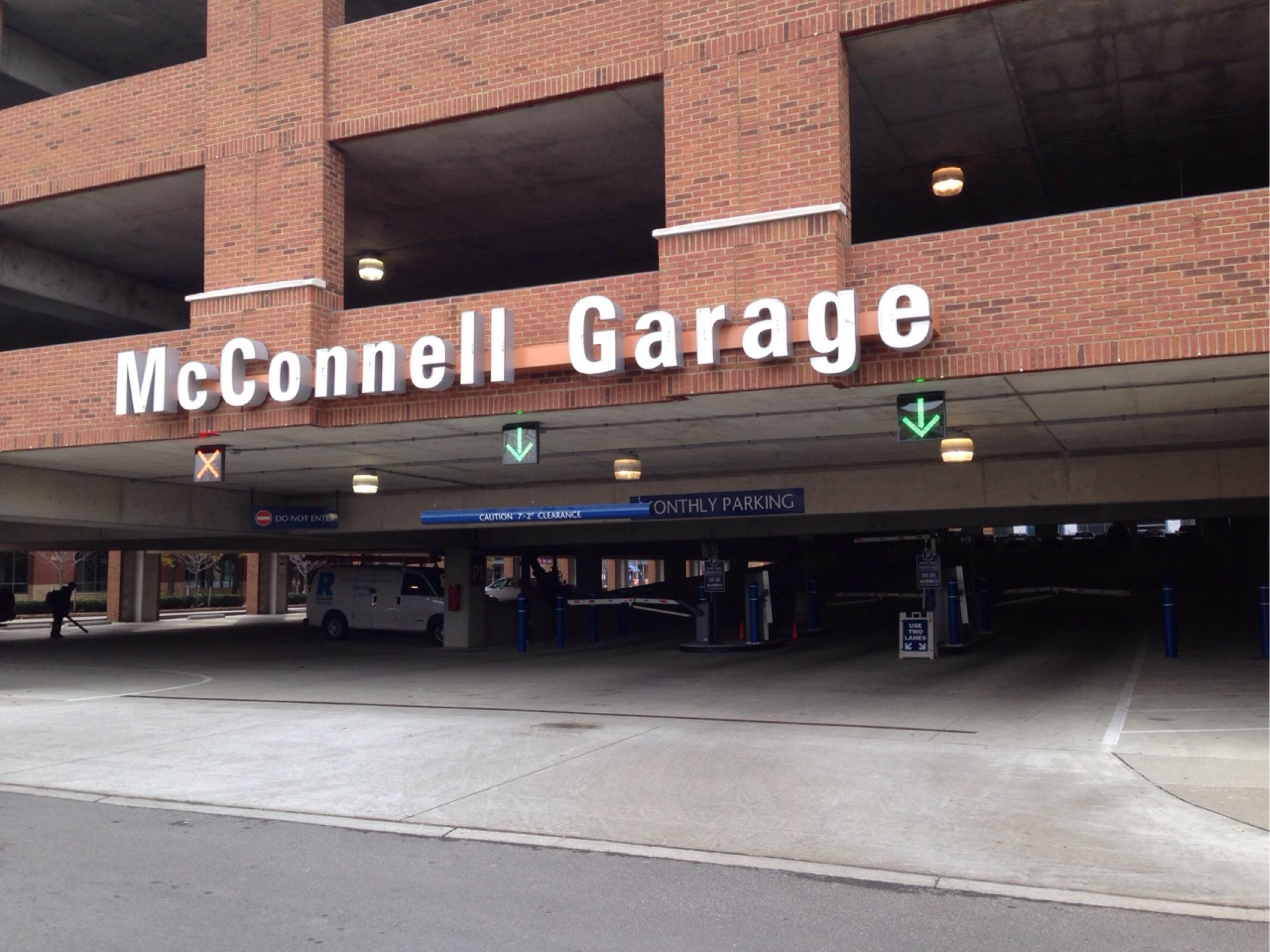 Mcconnell garage parking in columbus parkme for Ohio garage mandelieu