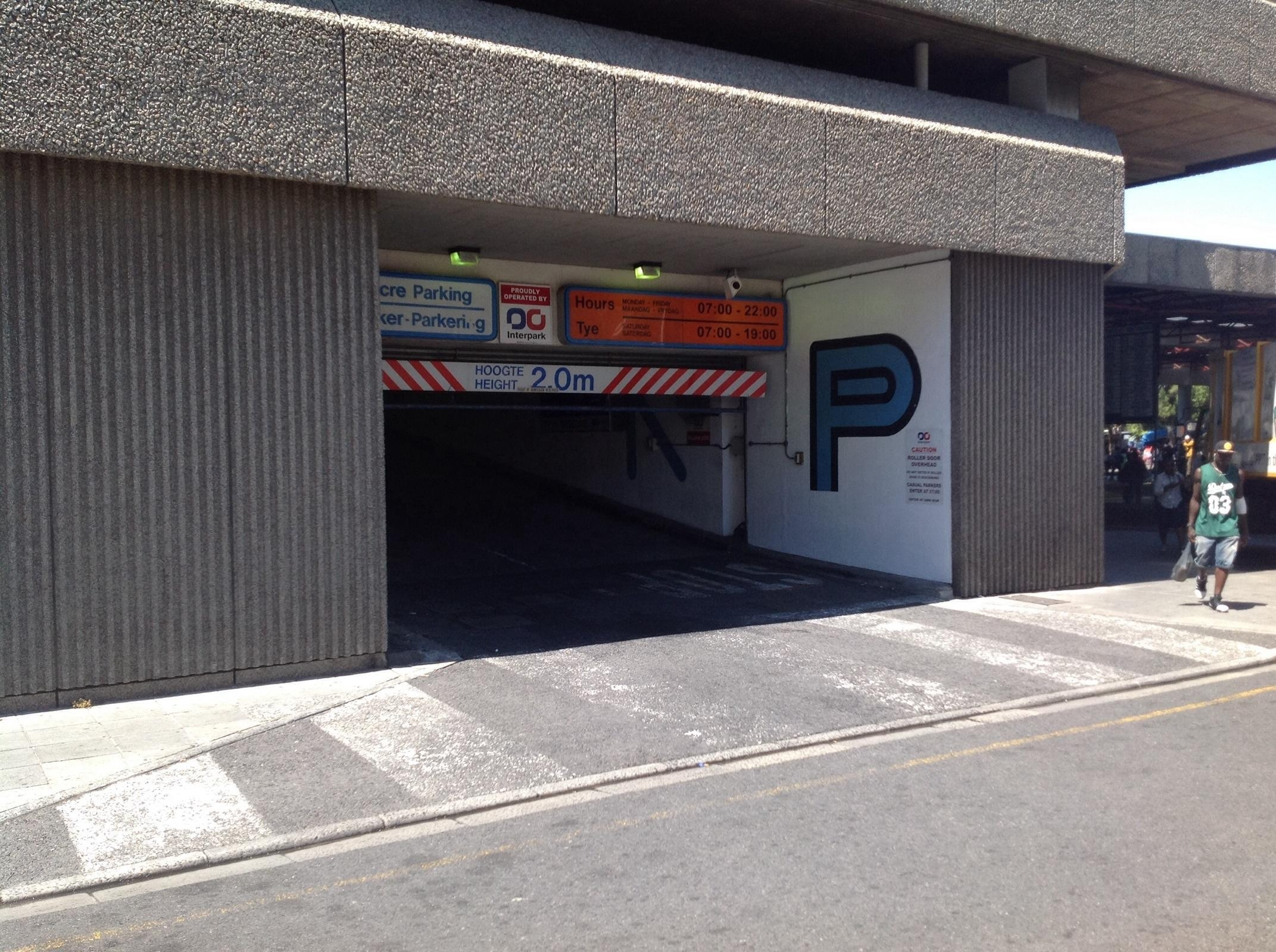 Castle st garage parking in cape town parkme for Garage ad st coulomb