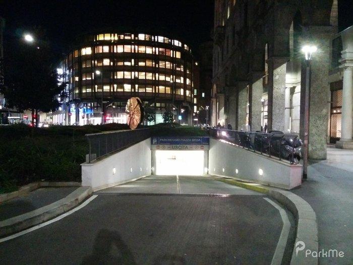 Parcheggio Piazza Meda Parking In Milano Parkme