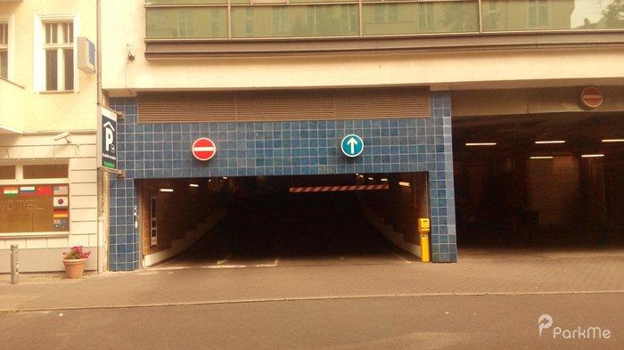 neuk lln arcaden parking in berlin parkme. Black Bedroom Furniture Sets. Home Design Ideas