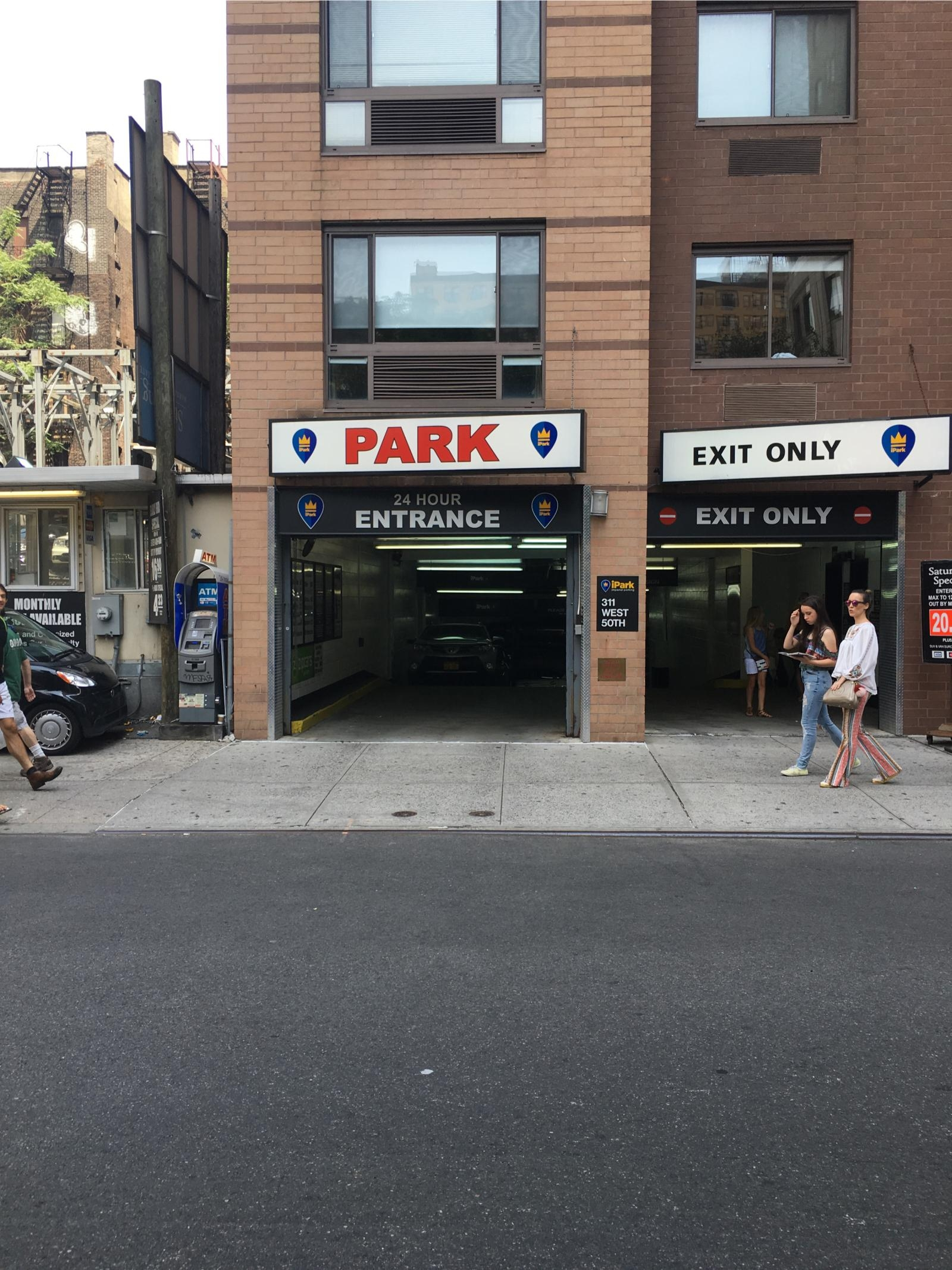 317 W 50th St Garage Parking In New York Parkme
