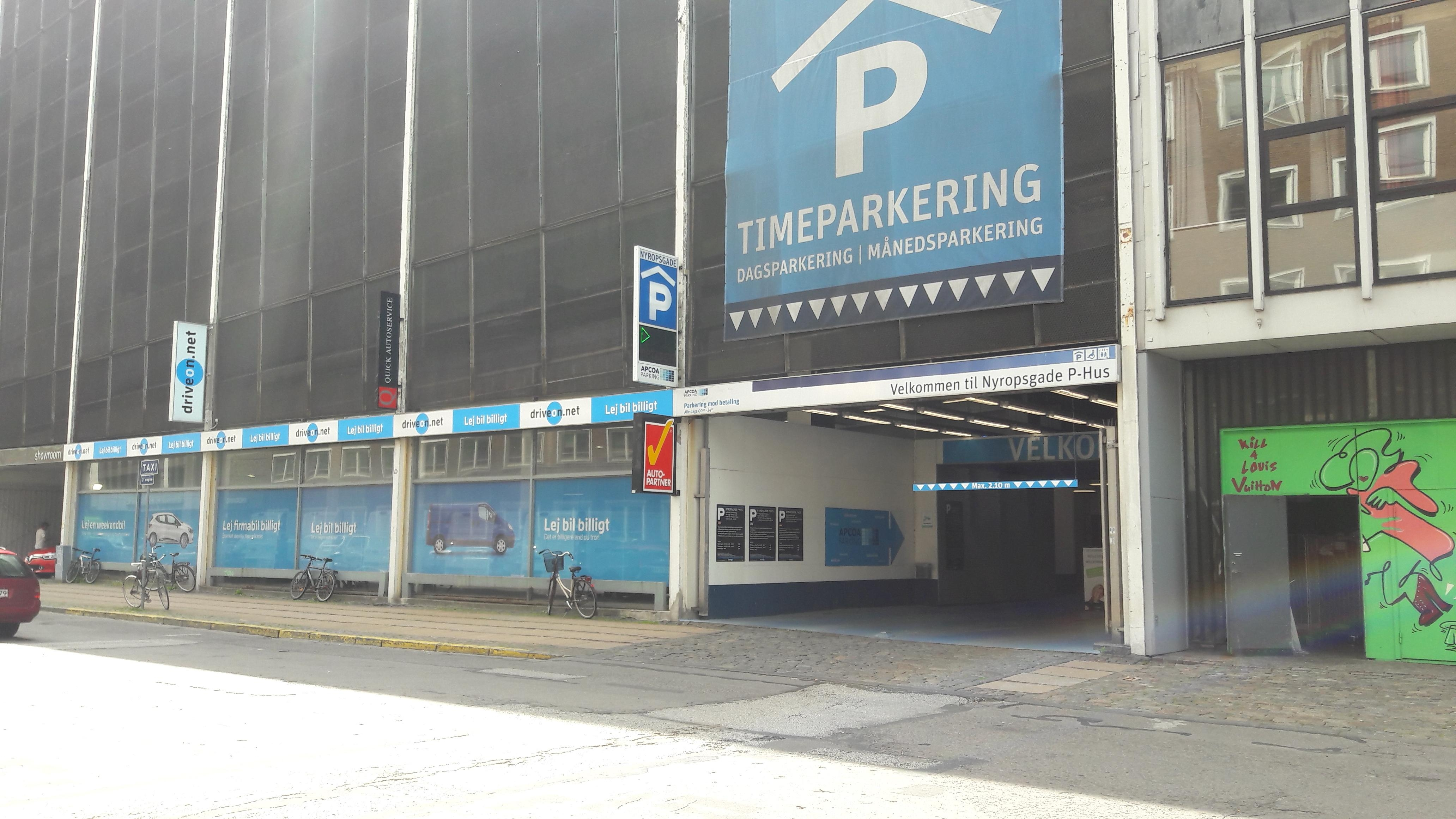 apcoa parking nyropsgade
