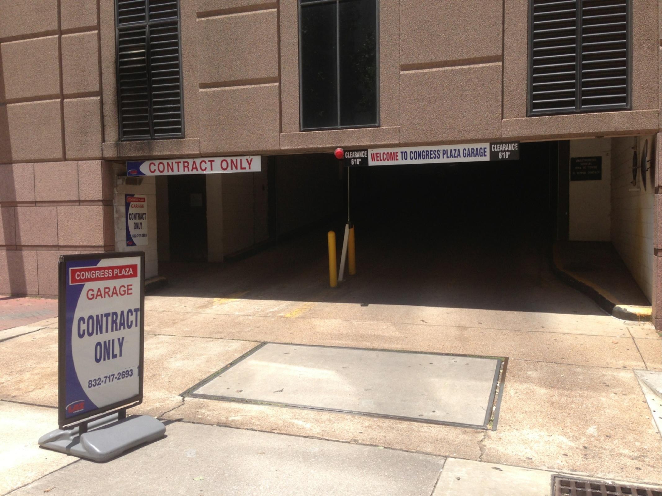 215 Main Street Parking Garage Parking