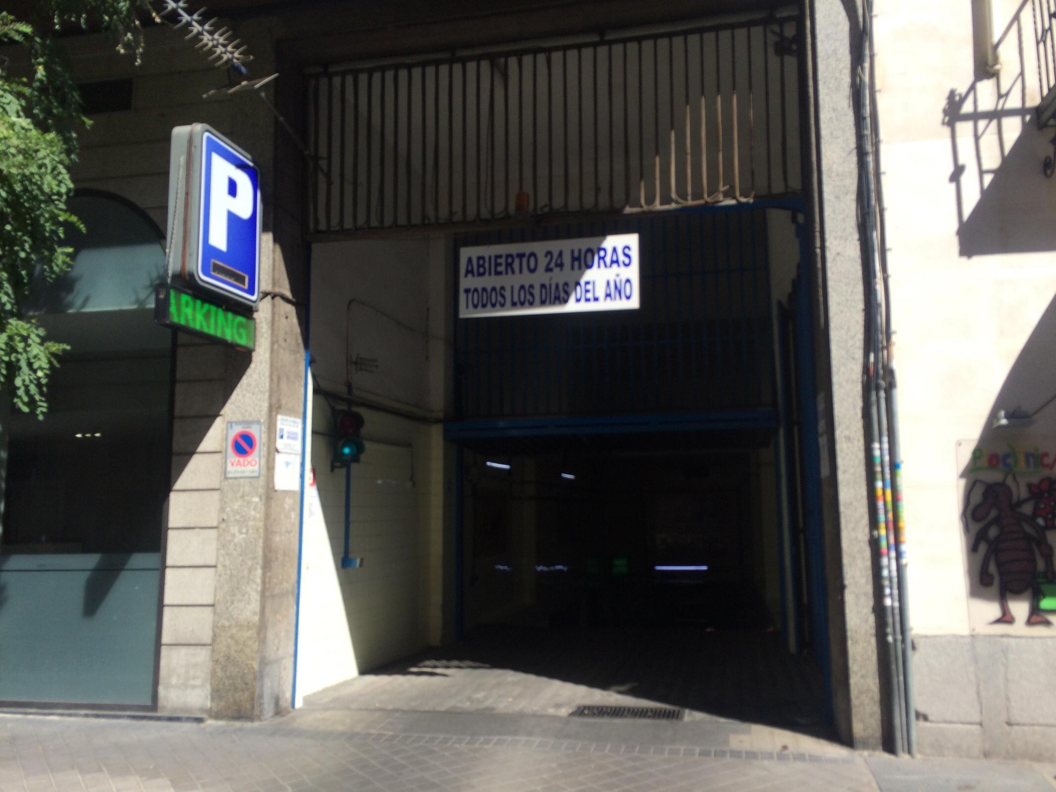 Calle de castell 96 garage parkeren in madrid parkme - Calle castello madrid ...