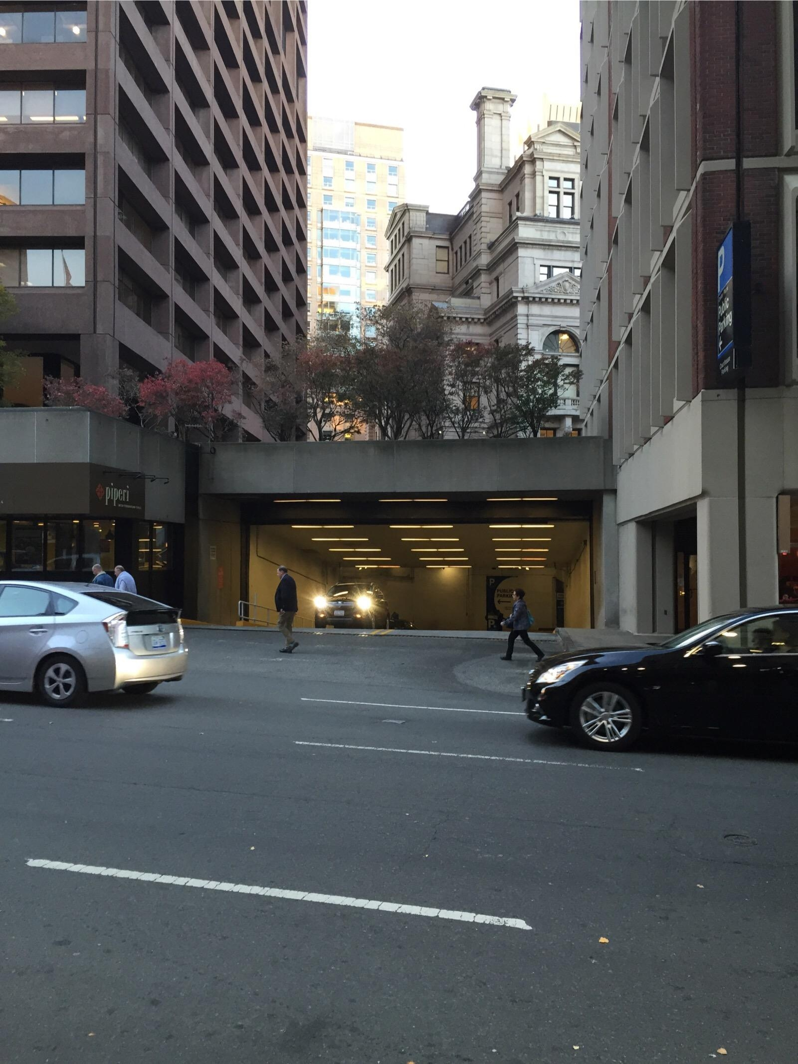 Center Plaza Garage Parking In Boston Parkme