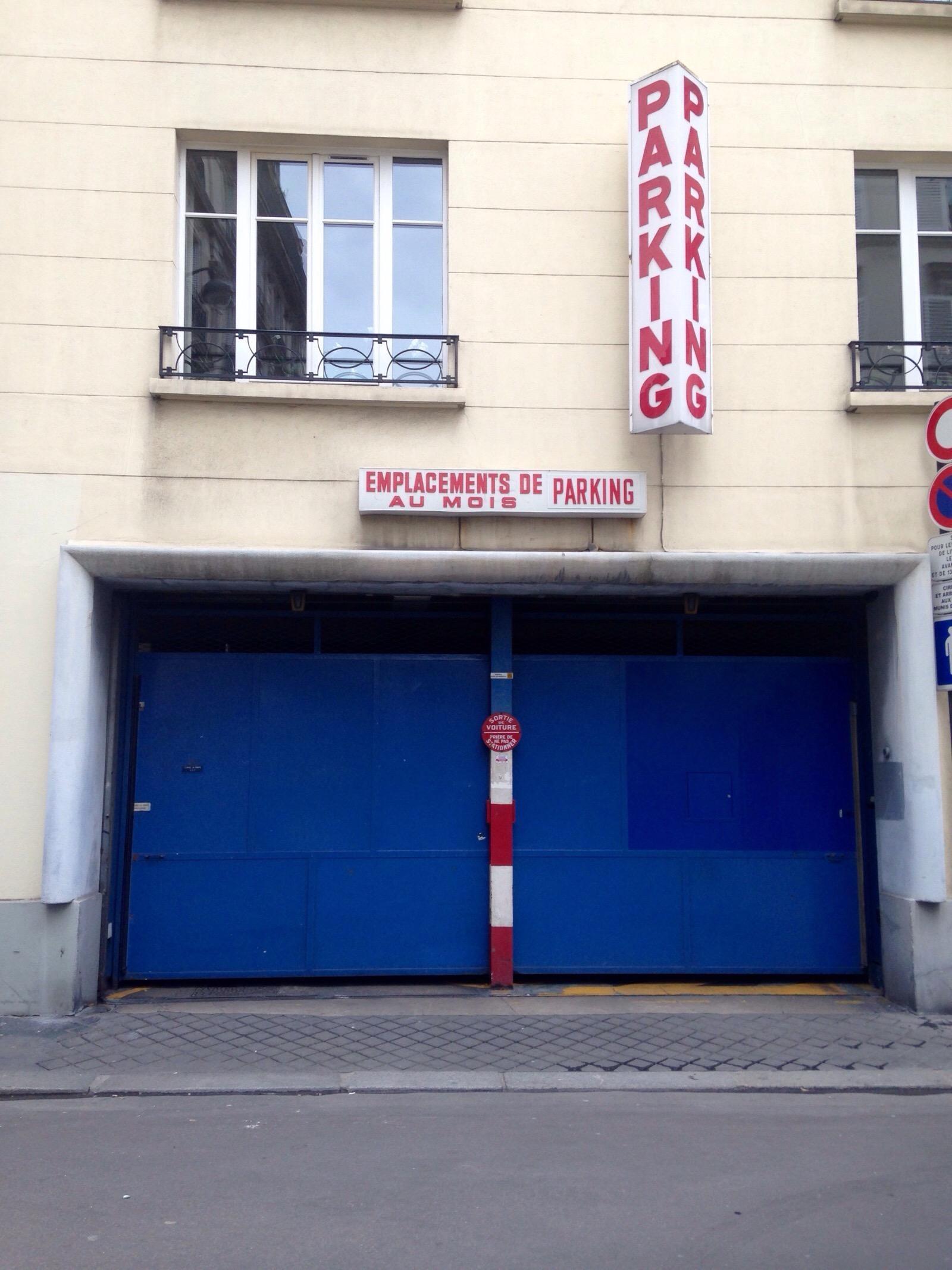 13 rue lebouteux garage parking in paris parkme for Garage mercedes paris 13