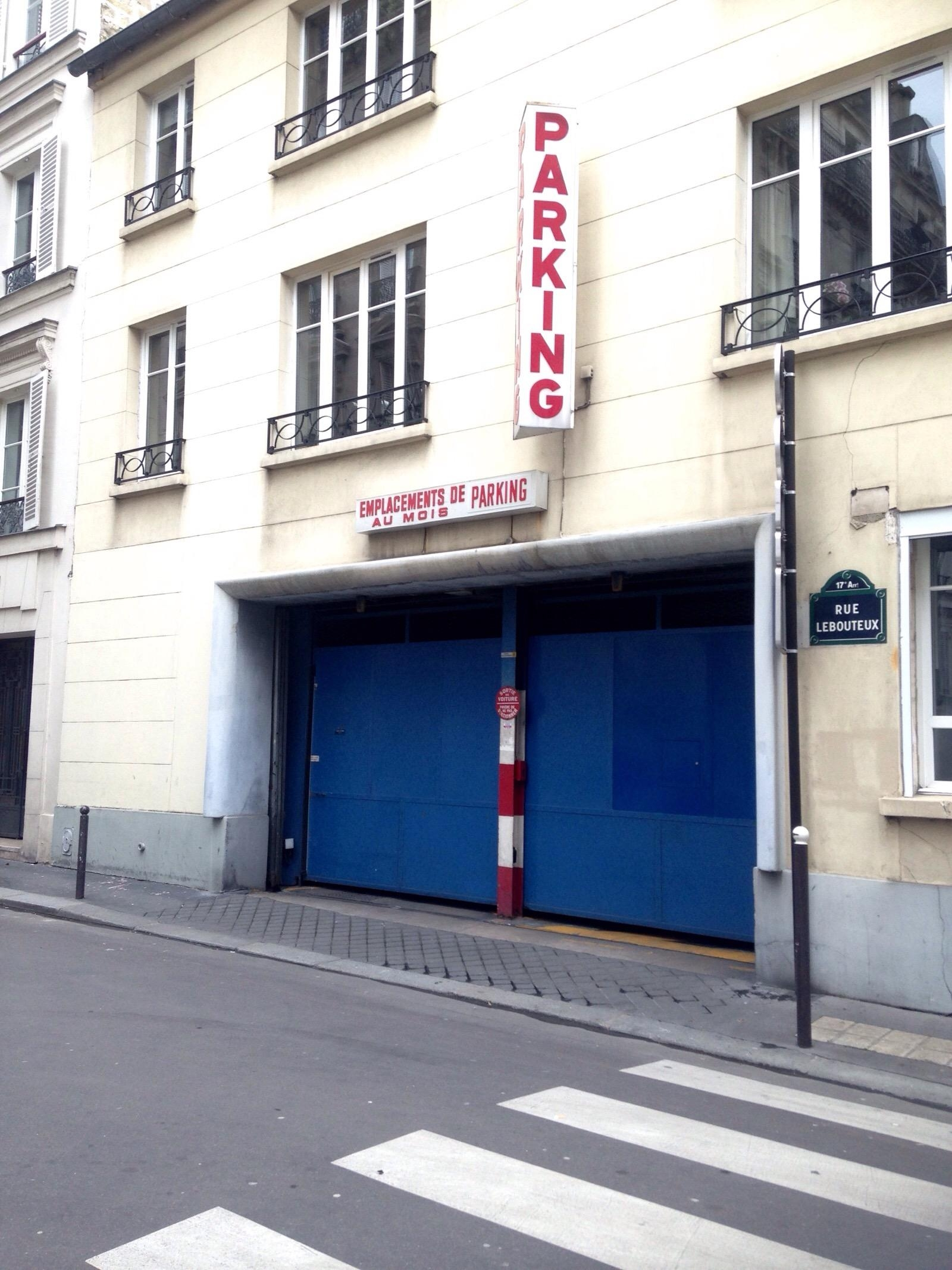 13 rue lebouteux garage parking in paris parkme for Garage automobile paris 13