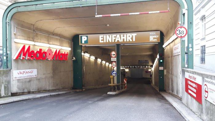 Parkhaus Wien Mitte The Mall Parking In Wien Parkme
