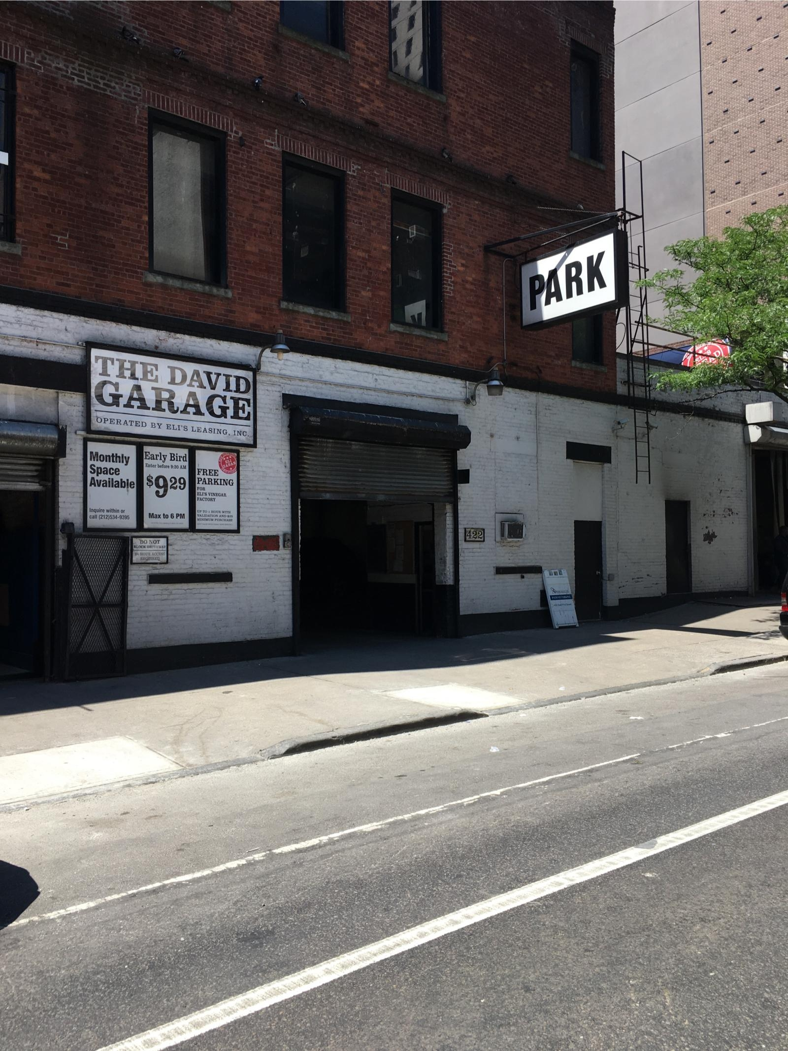 The david garage parking in new york parkme for Ny city parking garages