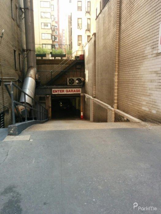 Beautiful 196 E 75th St Garage