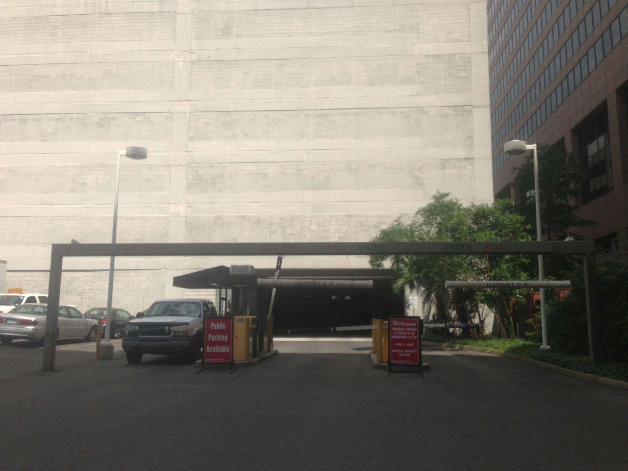 Garage Orléans : whitney parking garage parking in new orleans parkme ~ Gottalentnigeria.com Avis de Voitures