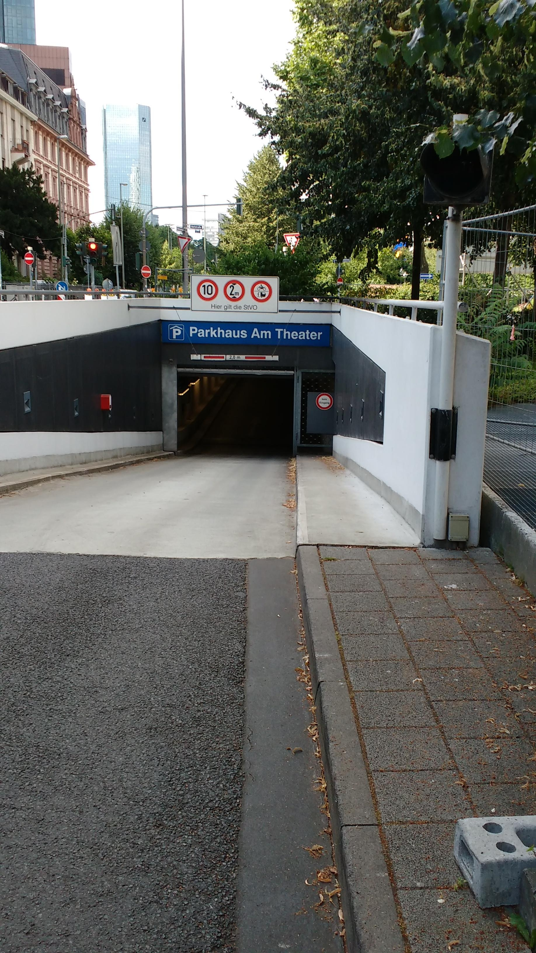 Parkhaus Untermainanlage