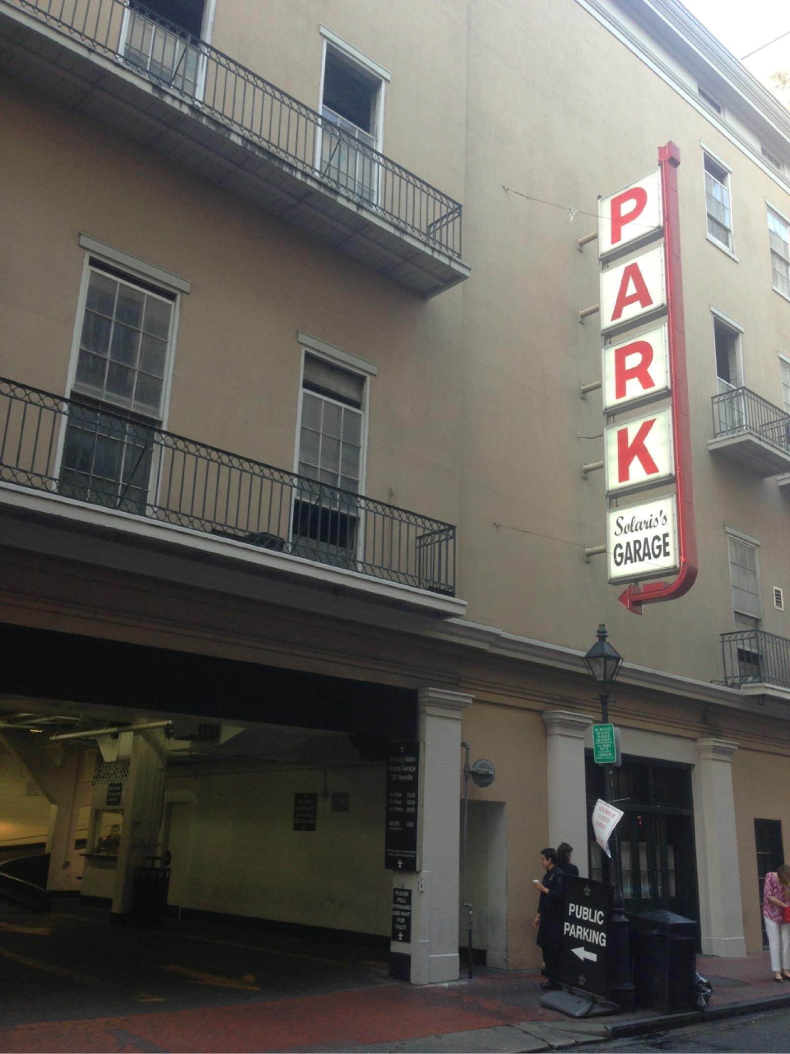 Solaris garage parking in new orleans parkme for Garage condorcet orleans