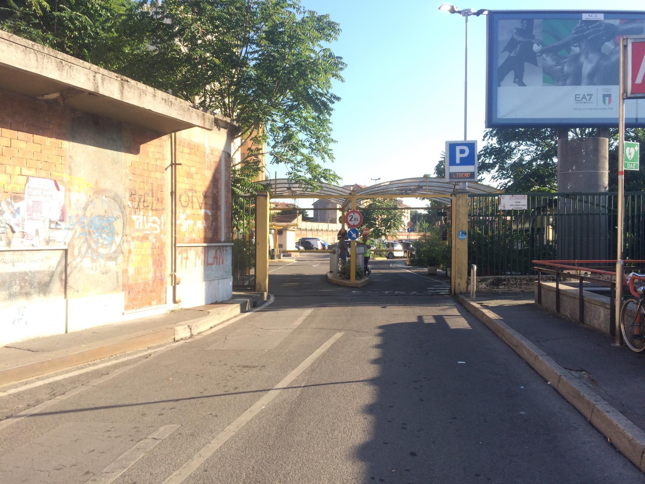 Parcheggio Milano Porta Genova Ii Parking In Milano Parkme