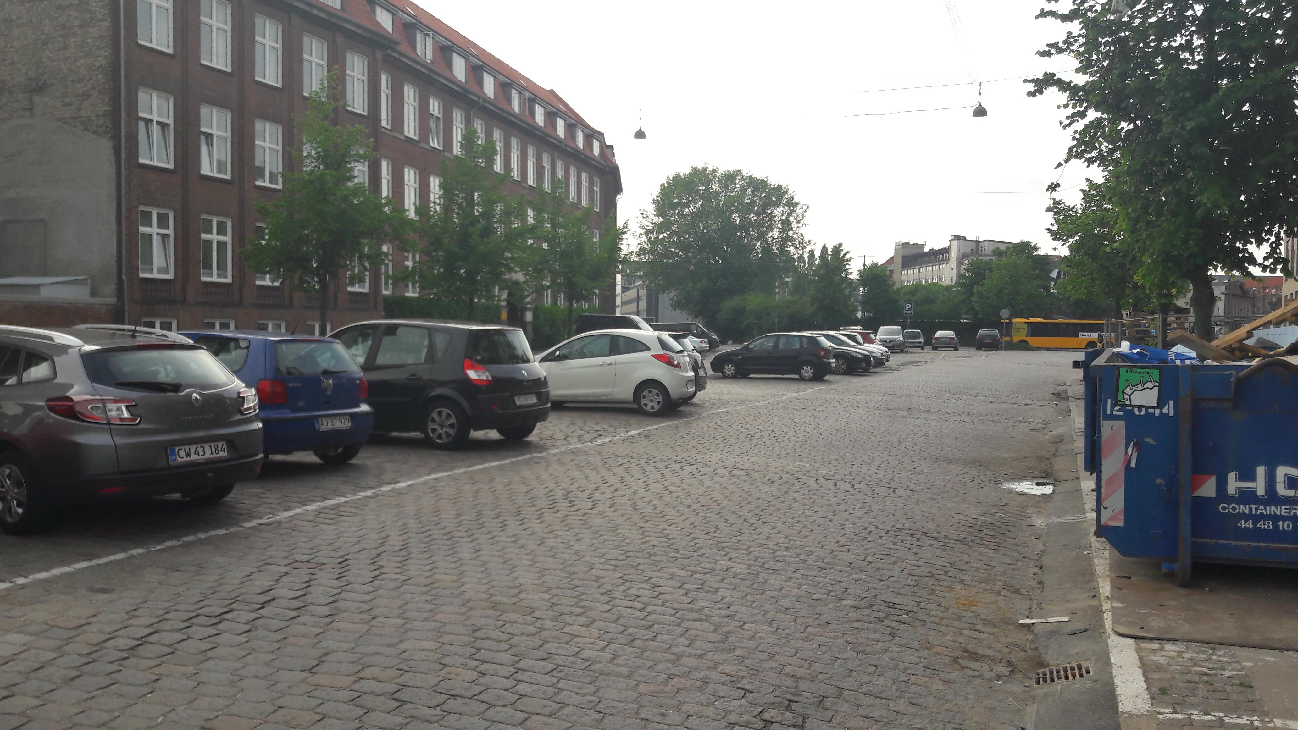Kigkurren 8a Parking Parkplatz In København Parkme