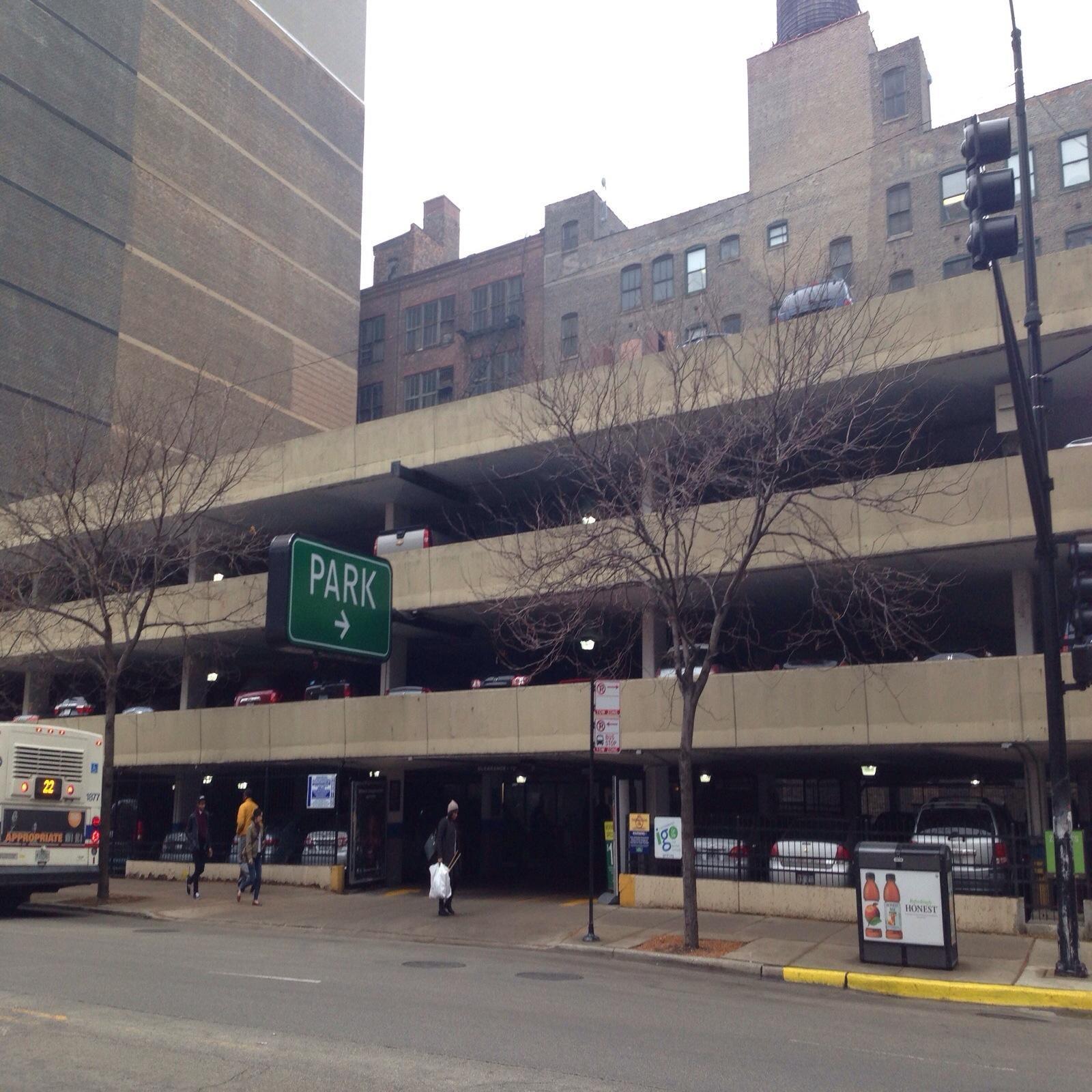 109 W Harrison St Garage - Parking In Chicago
