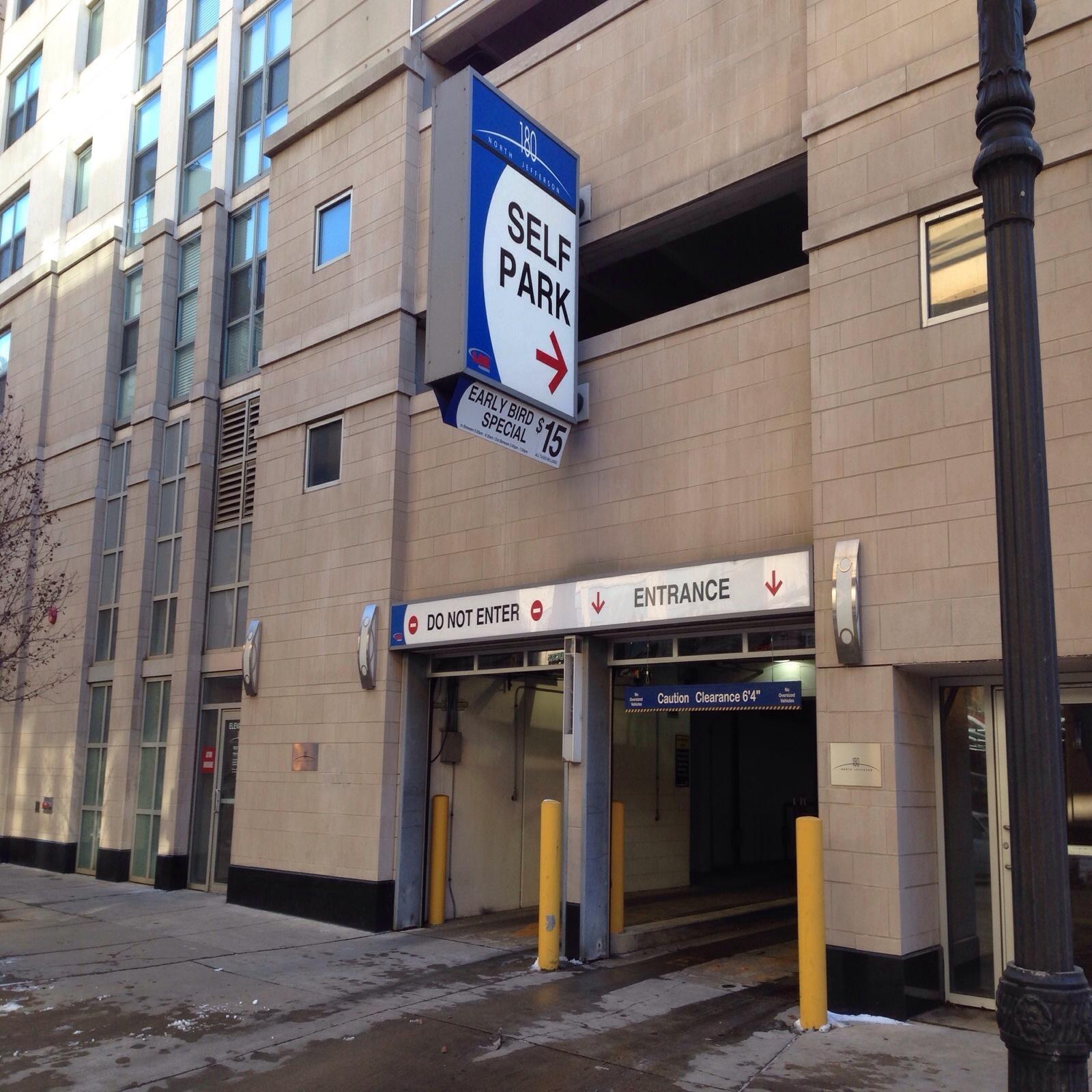 180 N Jefferson St Garage - Parking In Chicago