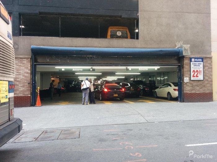 Gotham garage parking in new york parkme for New york parking garage