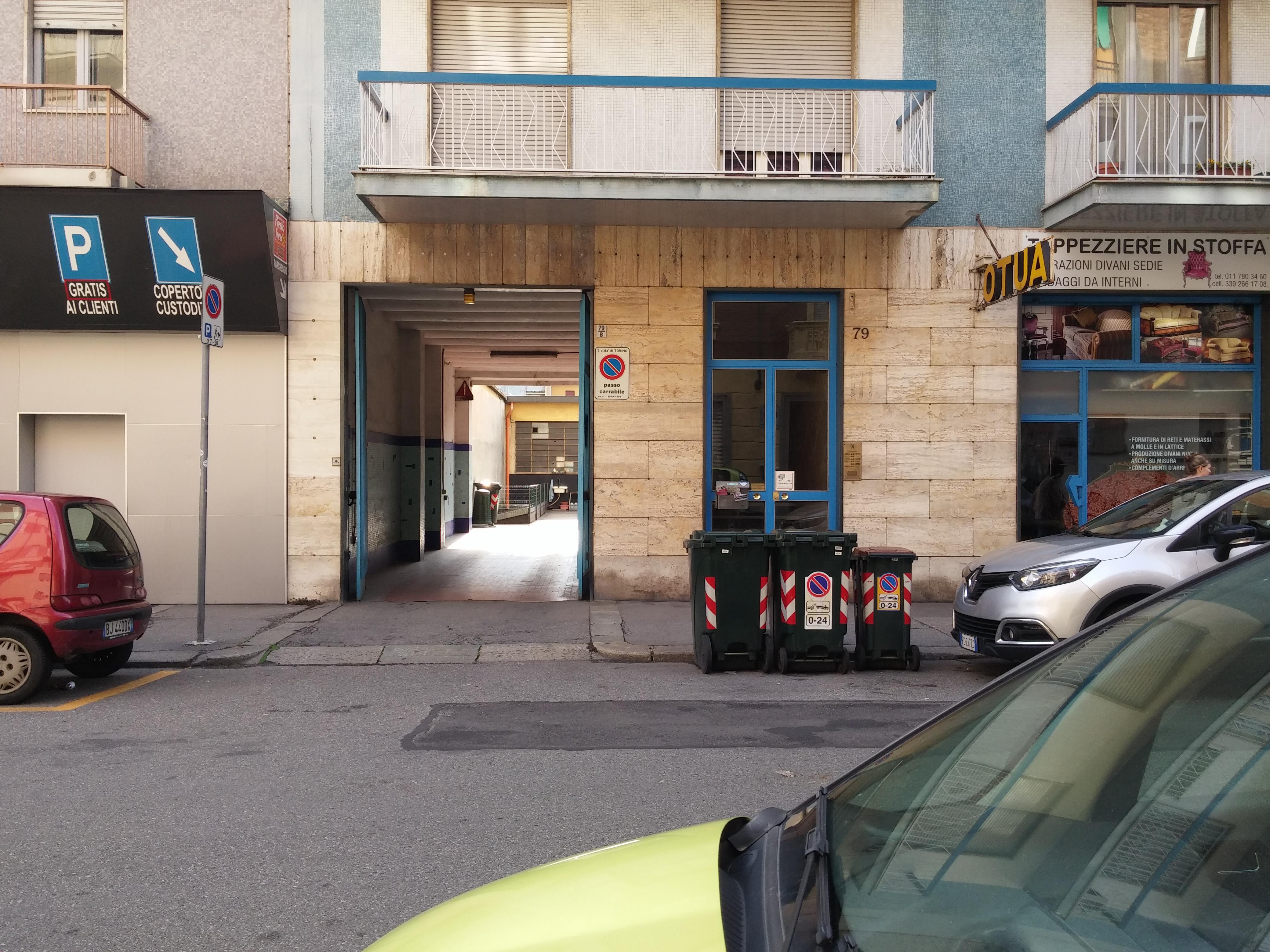 Materassi Borgosesia.Autorimessa Lusso Parking In Torino Parkme