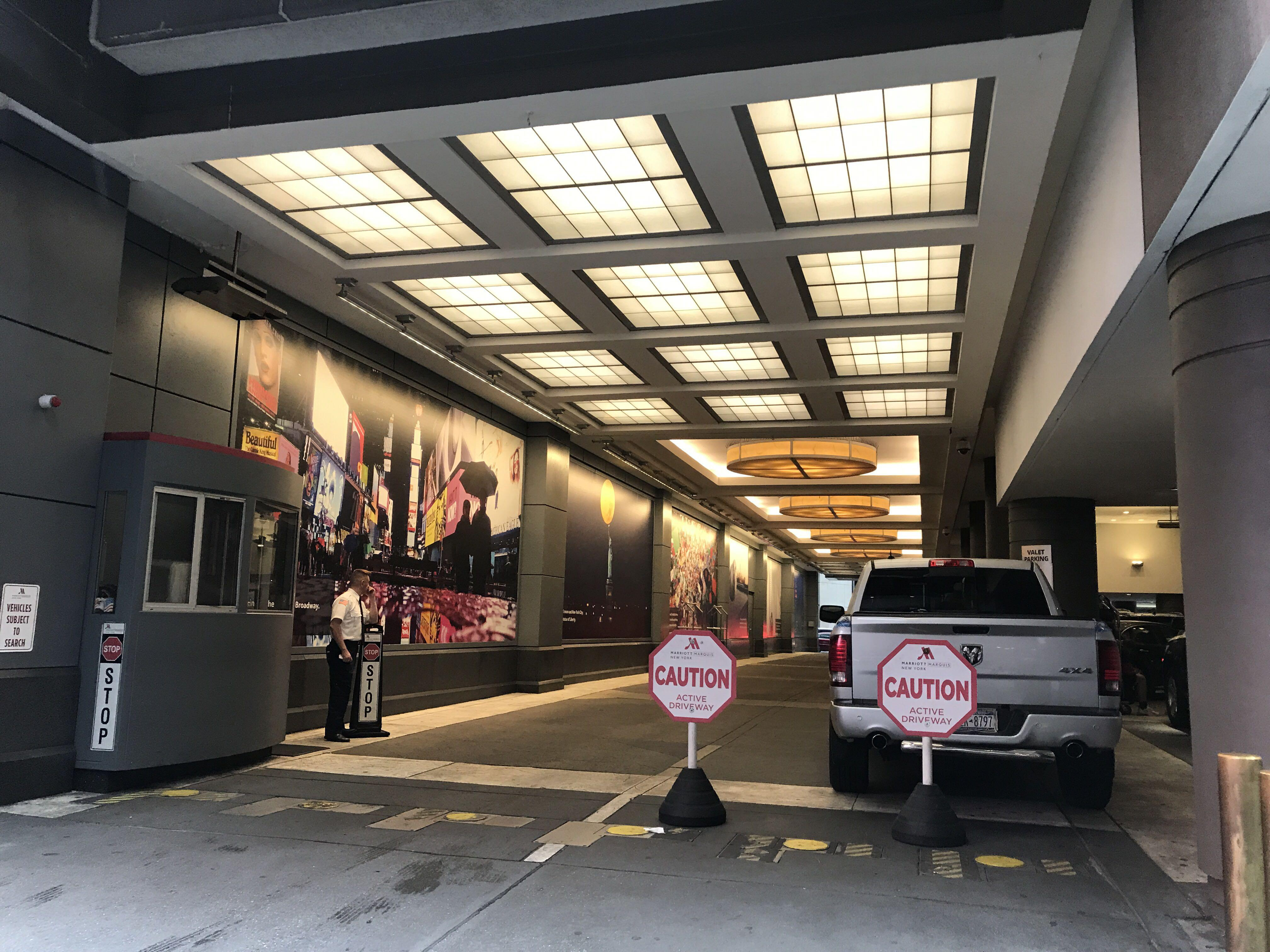 la meilleure attitude b5062 fd4ce New York Marriott Marquis - Parking in New York | ParkMe