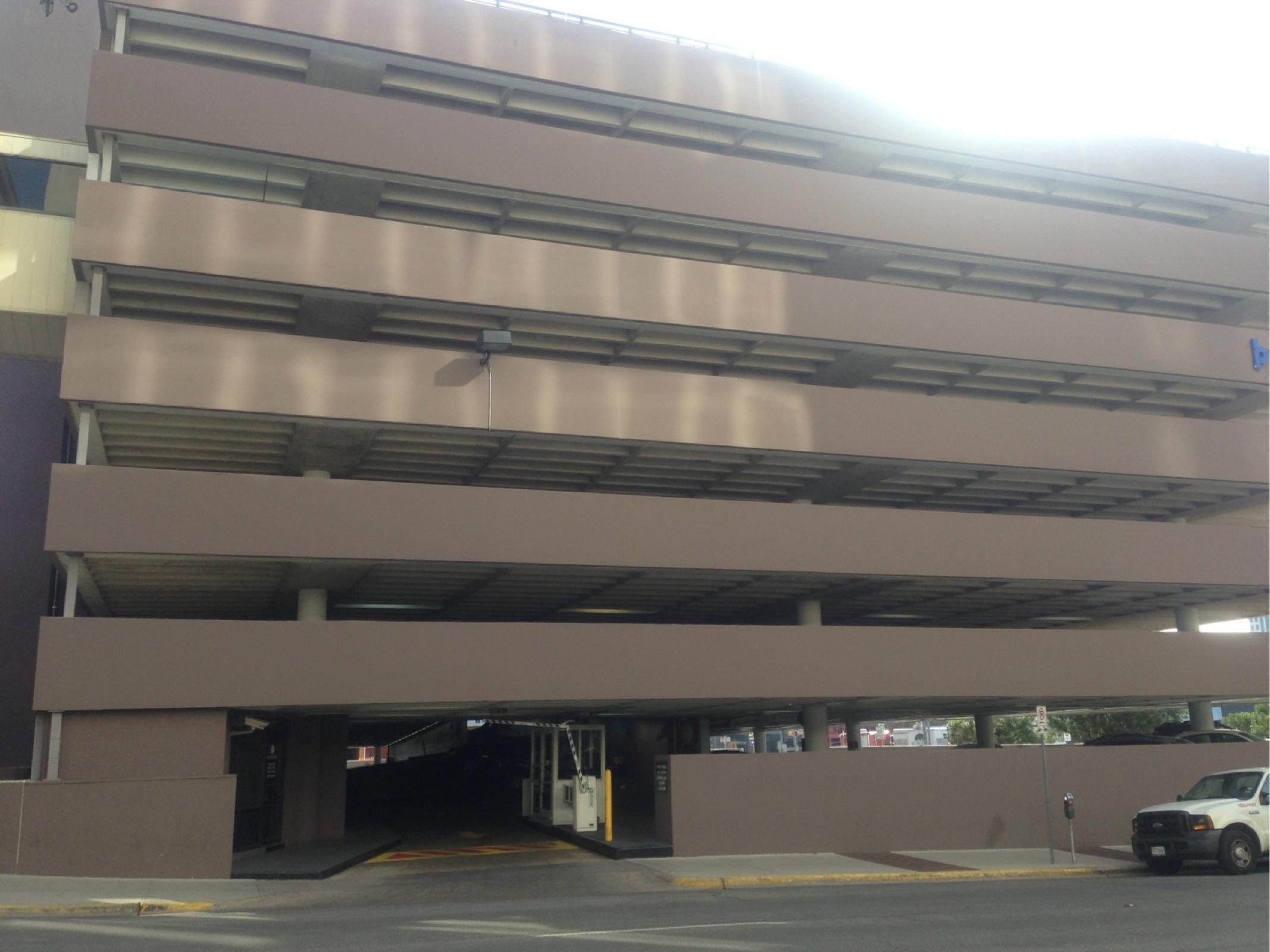 Platinum Parking Lot 177 Chase Tower - Parking in Austin   ParkMe