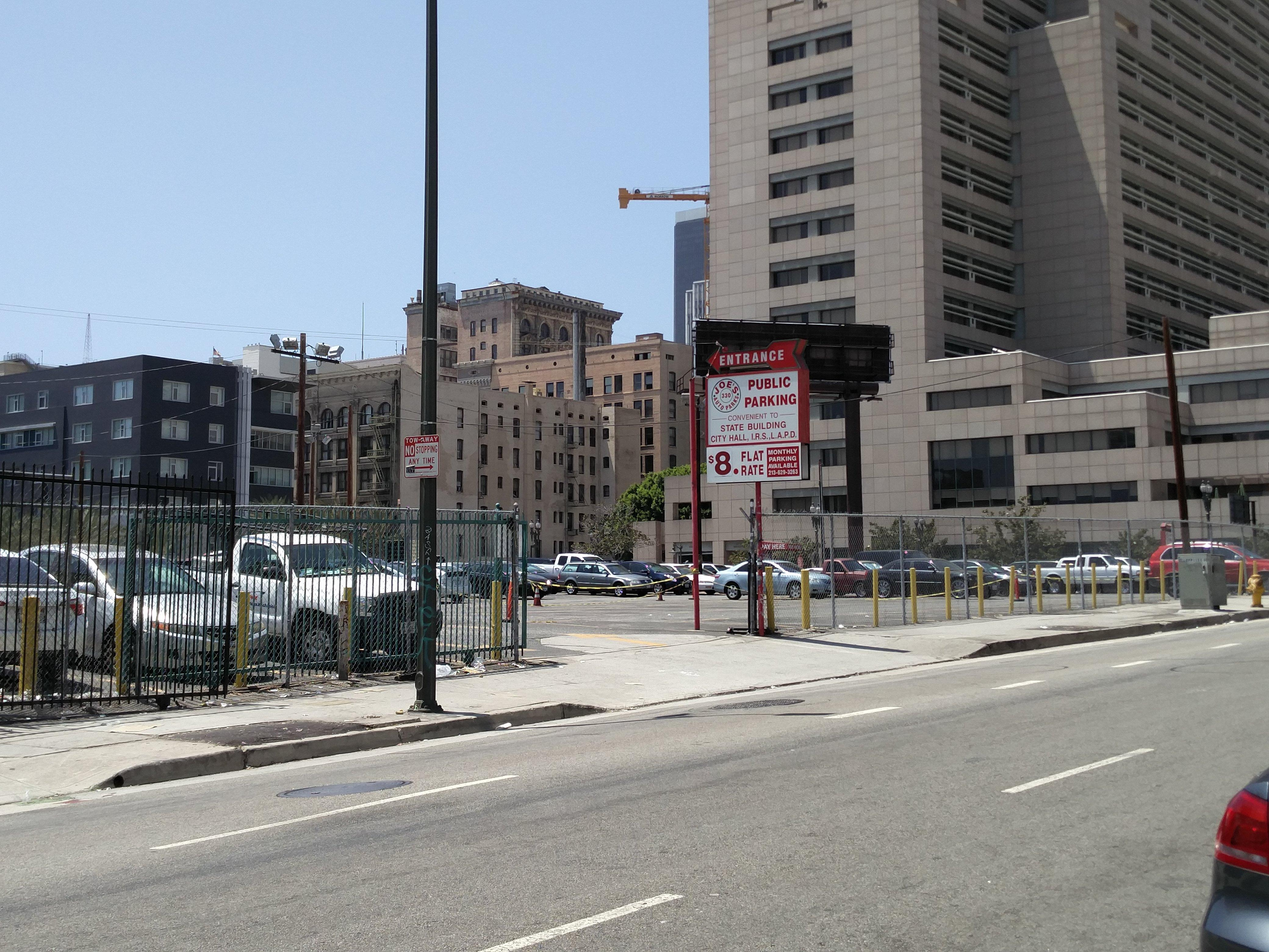 330 S Main St Parking Parking in Los Angeles