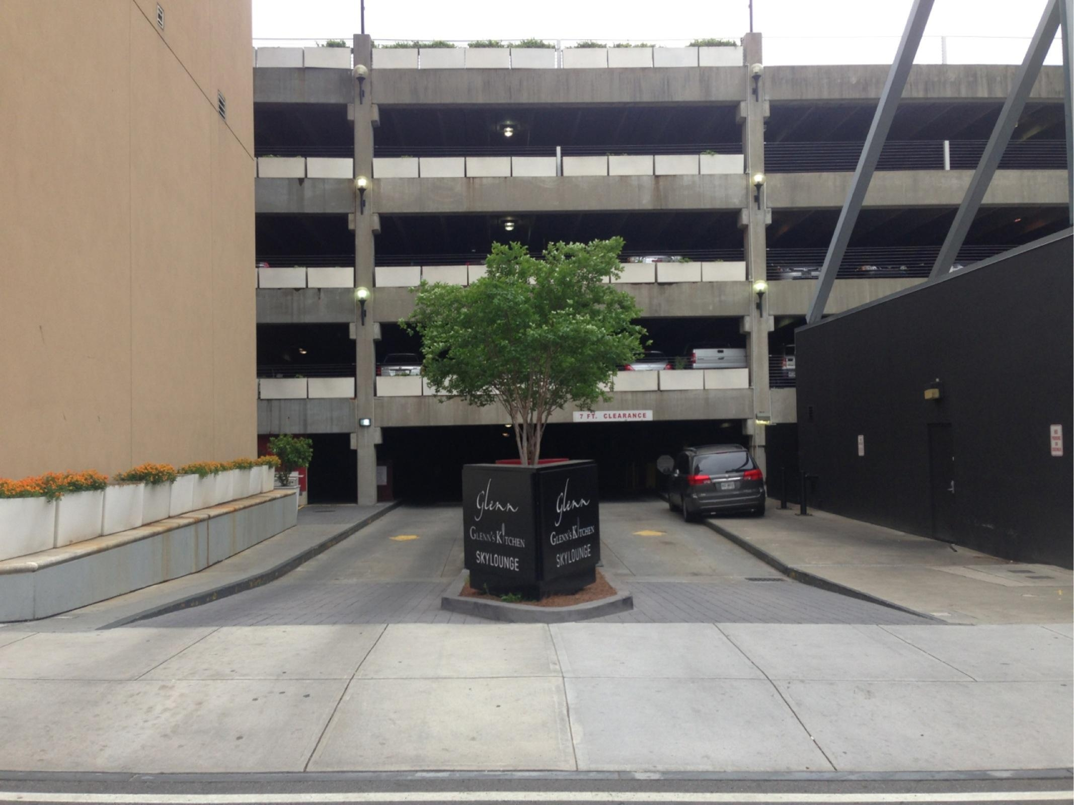 Statefarm Arena Sapphire Parking Deck Parking In Atlanta Parkme