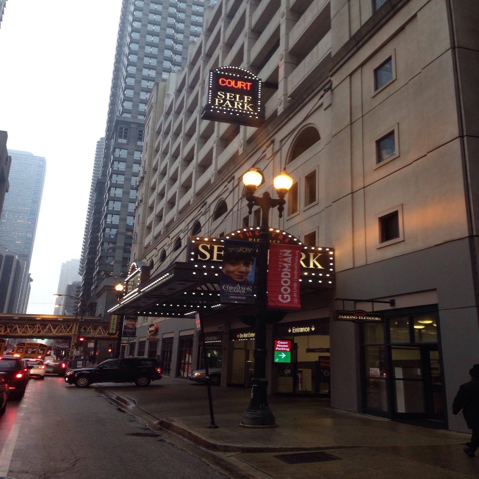 Theatre District Garage - Parking In Chicago