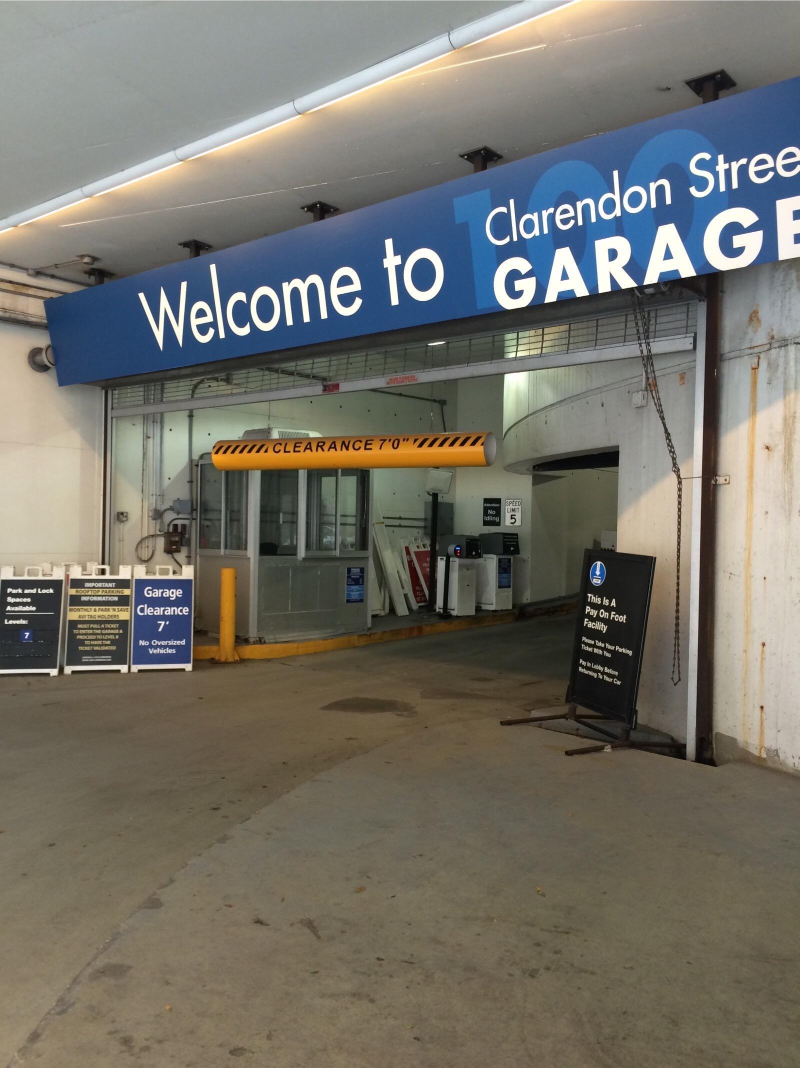 100 clarendon street garage parking in boston parkme - 100 clarendon street garage ...