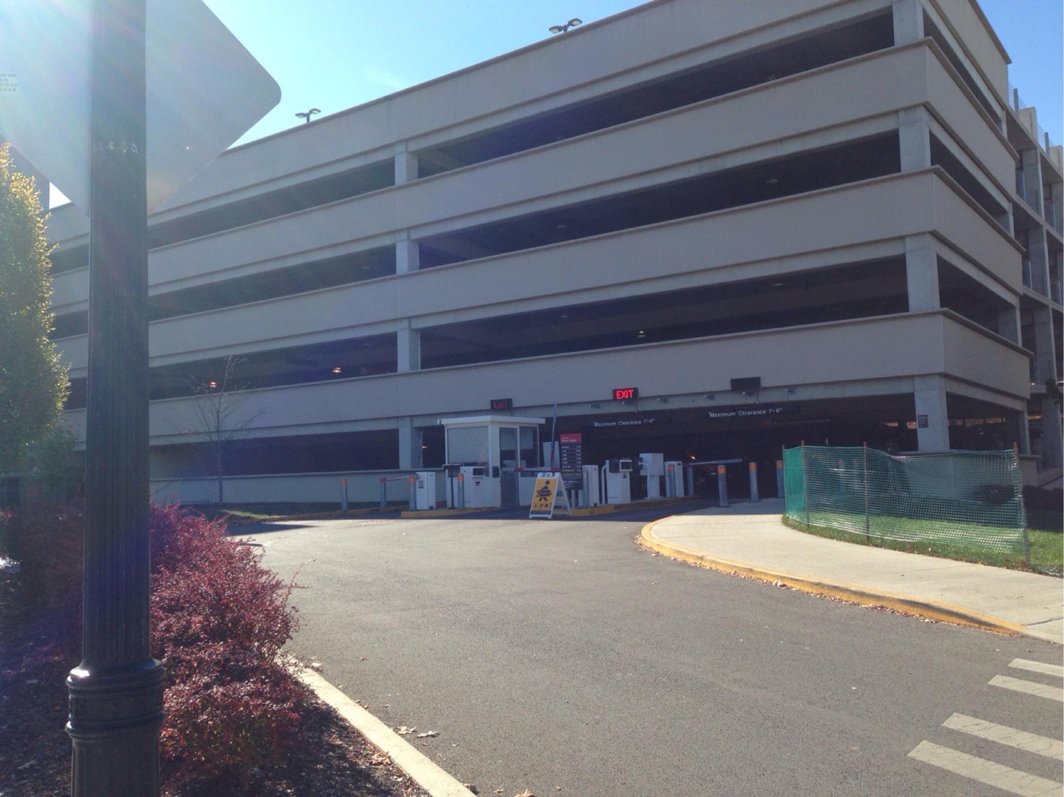 Ohio union south garage parking in columbus parkme for Ohio garage mandelieu
