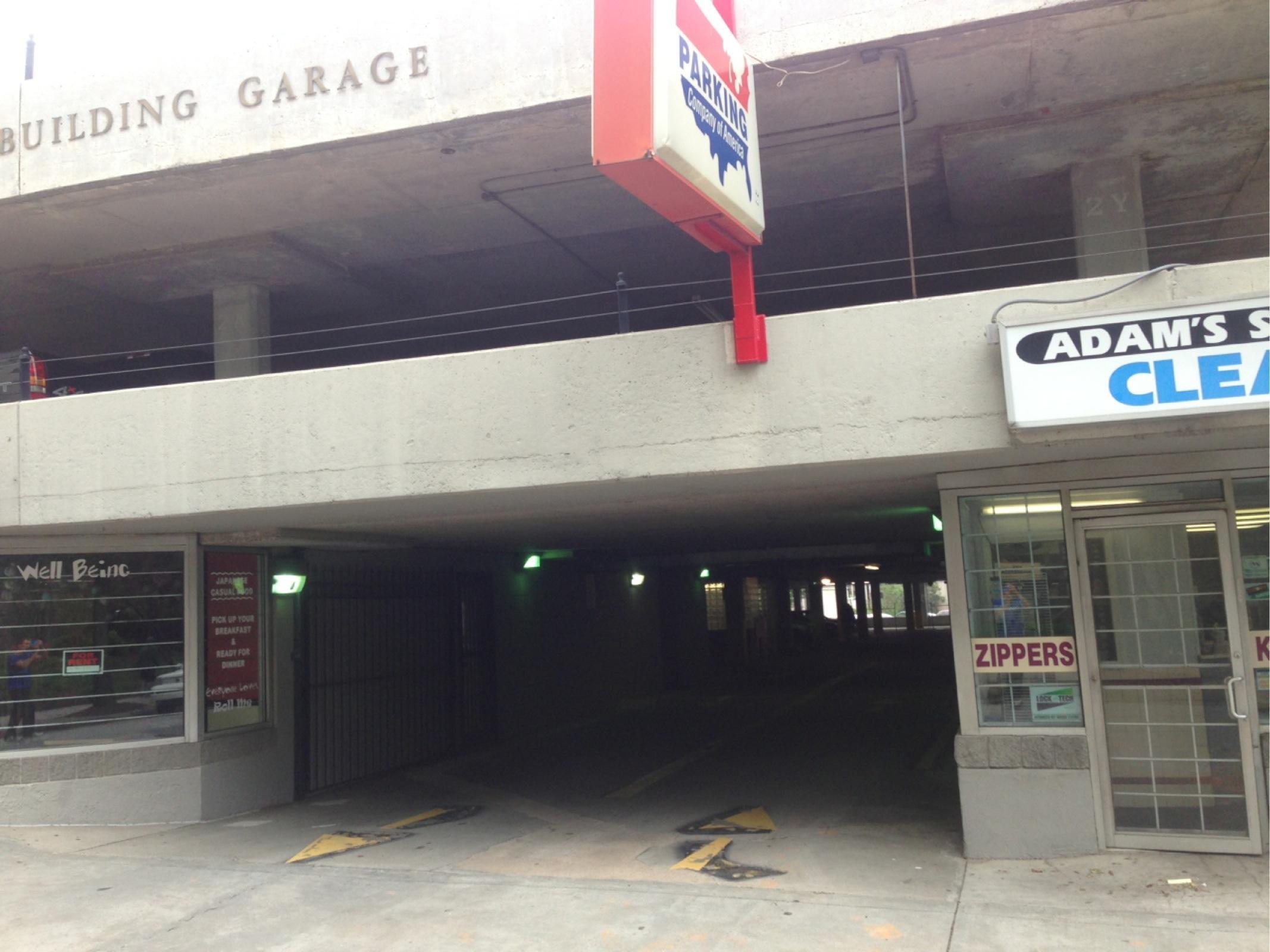 The candler building garage parking in atlanta parkme for Garage builders atlanta