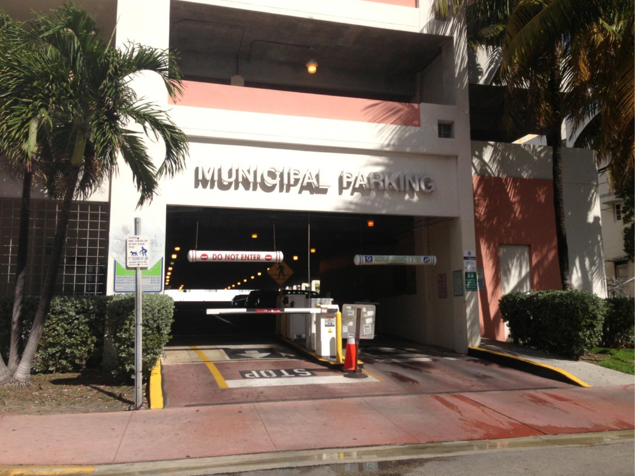 Cmb 13h Street Garage G3 Parking In Miami Beach Parkme