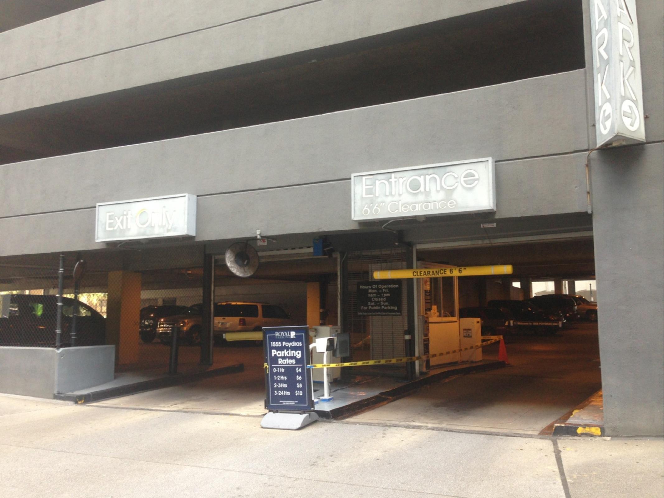 1555 poydras st garage parking in new orleans parkme for Garage ad orleans