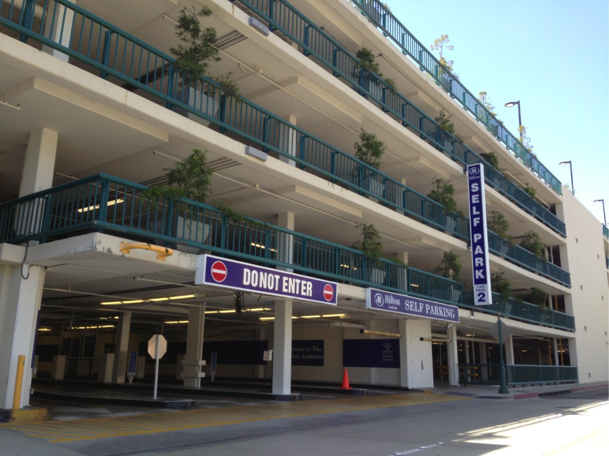 Anaheim Hilton Parking In Anaheim Parkme