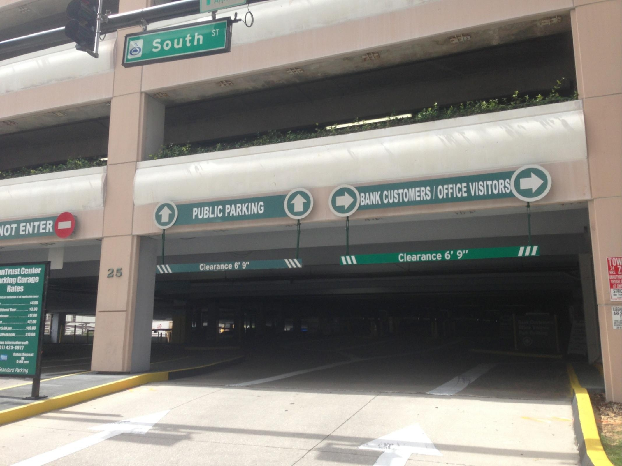 SunTrust Center Parking Garage - Parking in Orlando | ParkMe