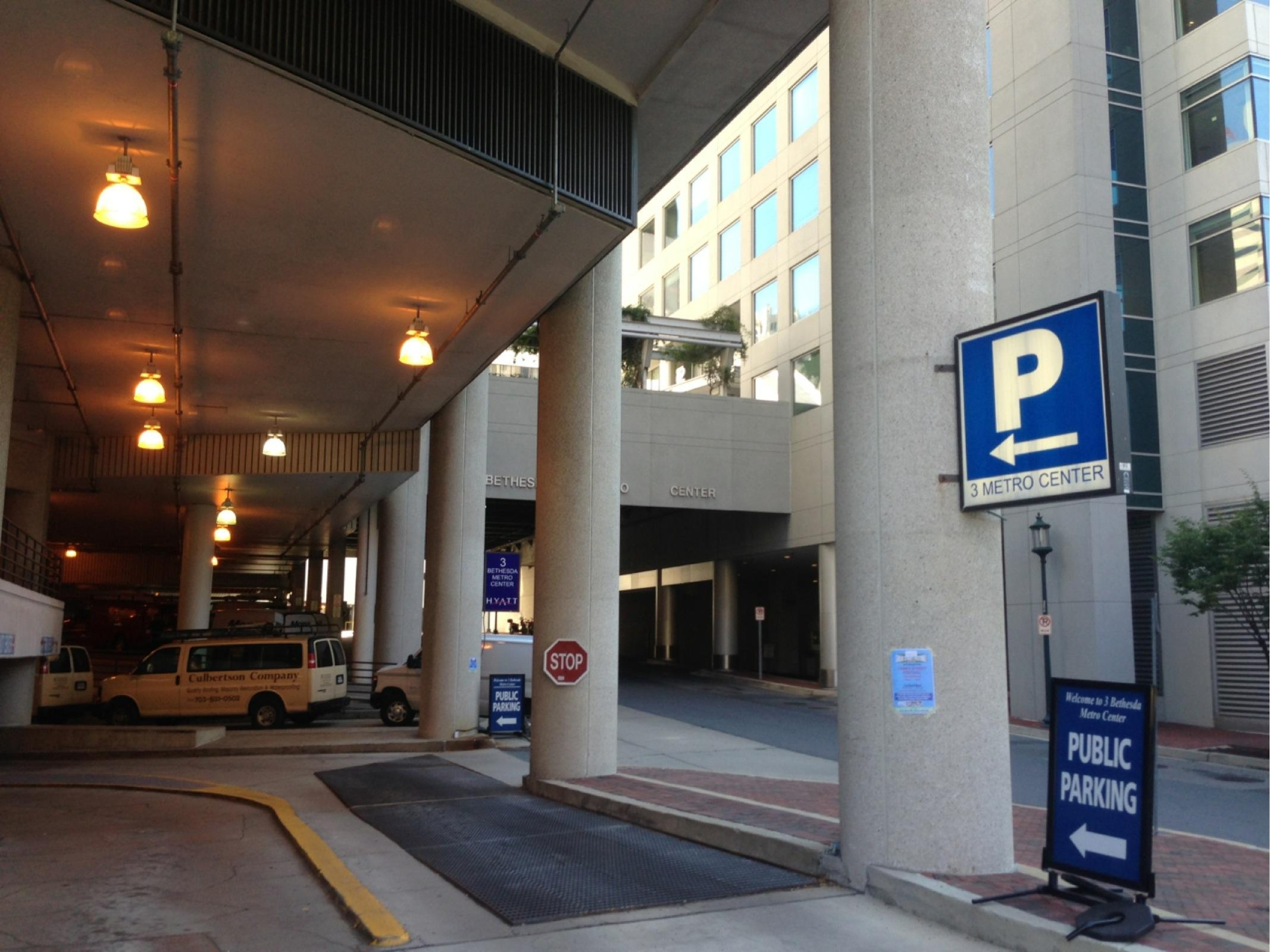 7450 Wisconsin Ave Garage Parking In Bethesda Parkme