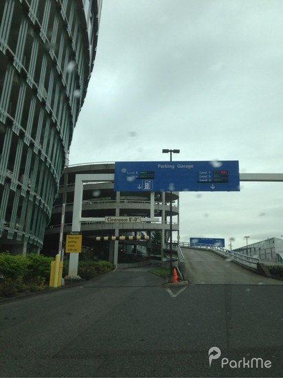 Pdx Long Term Parking >> 7000 Ne Airport Way Garage Parking In Portland Parkme