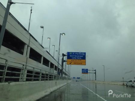 DTW - McNamara Long-Term Parking - Parking in Detroit | ParkMe Dtw Airport Parking Map on