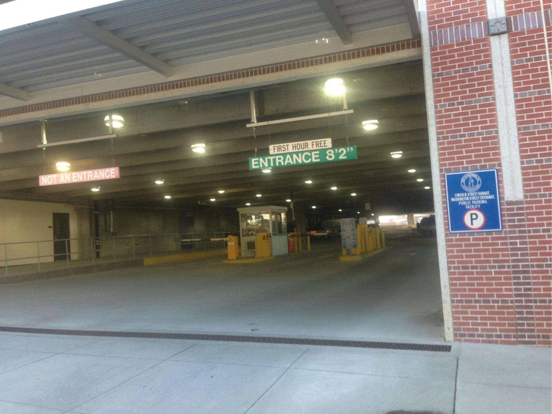 Lincoln Street Garage Parking In Cayce Parkme